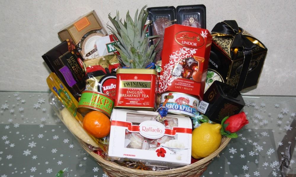 Праздничные подарочные корзины, гастрономические подарки ...